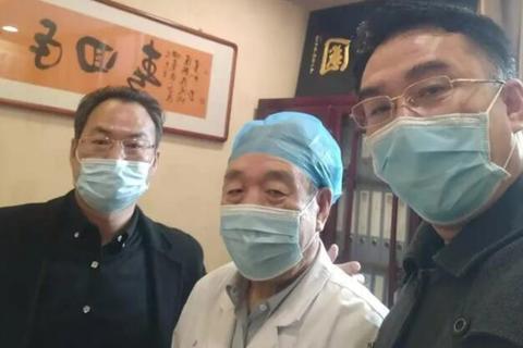 乌金石新闻:公司沙棘雪莲产品效果得到国医大师李佃贵教授肯定